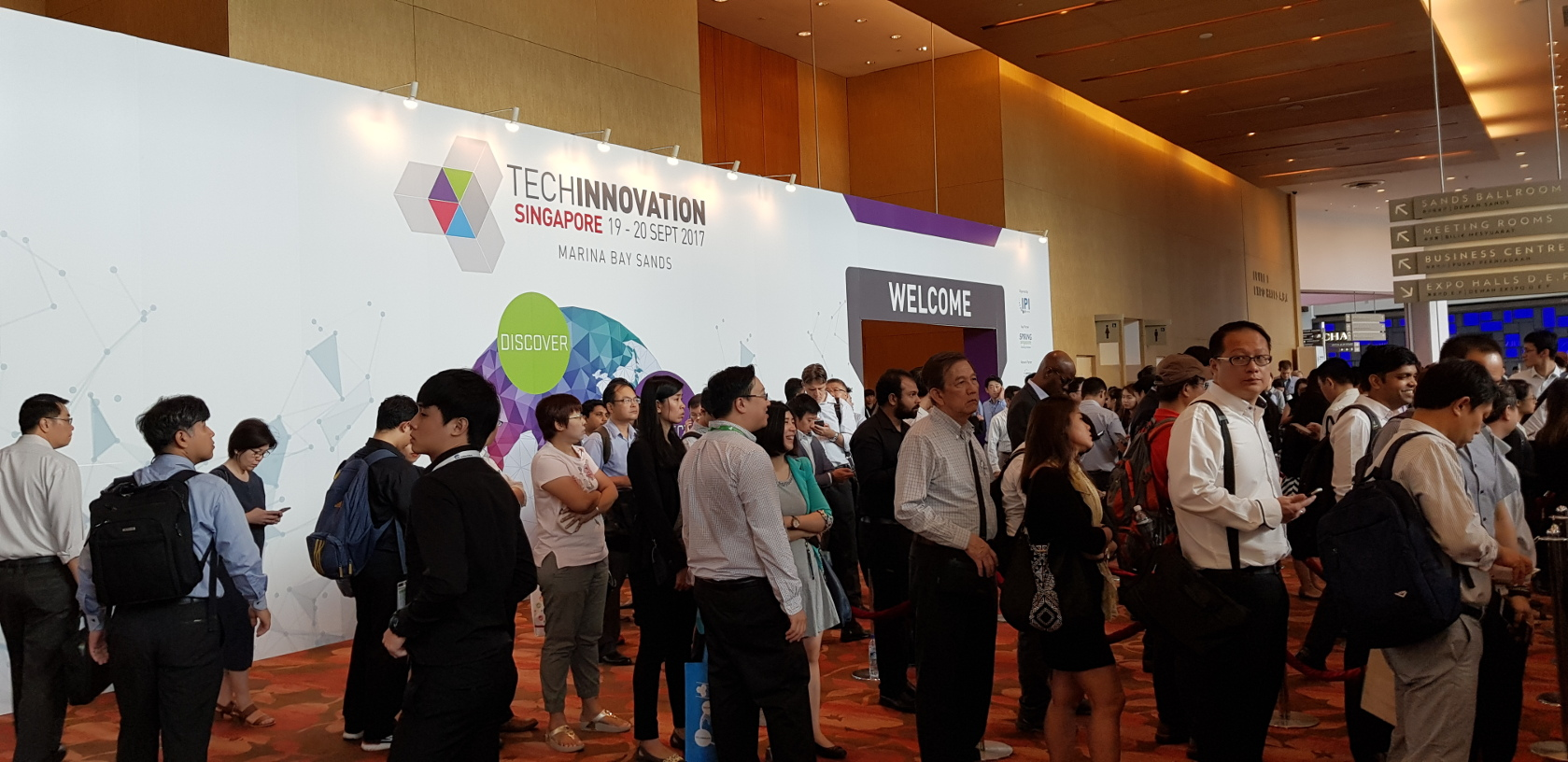 Trade visitors queuing to get their event badge for Techinnovation image